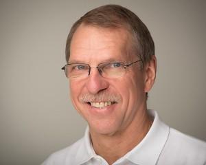 Dr-Friedemann-Petschelt-Zahnarzt-Implantologe