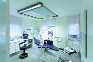 Behandlungsraum |Dr. Petschelt und Kollegen