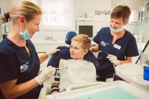Dr. Petschelt und Kollegen, Lauf / Kinderzahnbehandlung