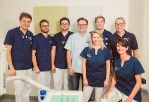 Dr. Petschelt und Kollegen, Lauf / Zahnärzteteam